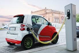 В Україні планують встановити зарядки для електромобілів на головних трасах