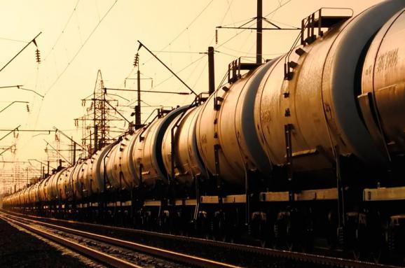 Укрзалізниця переглядає ставки плати за використання власних вагонів компанії