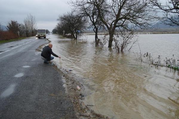 Геннадій Зубко провів засідання штабу ДСНС щодо ліквідації наслідків стихійного…