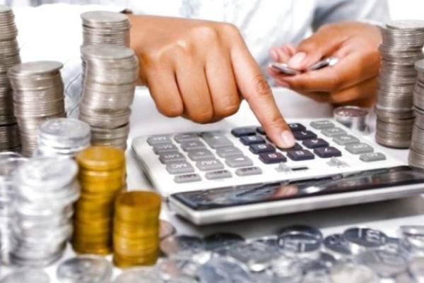 Дайджест 19 серпня: борг перед РФ та посімейне декларування доходів.