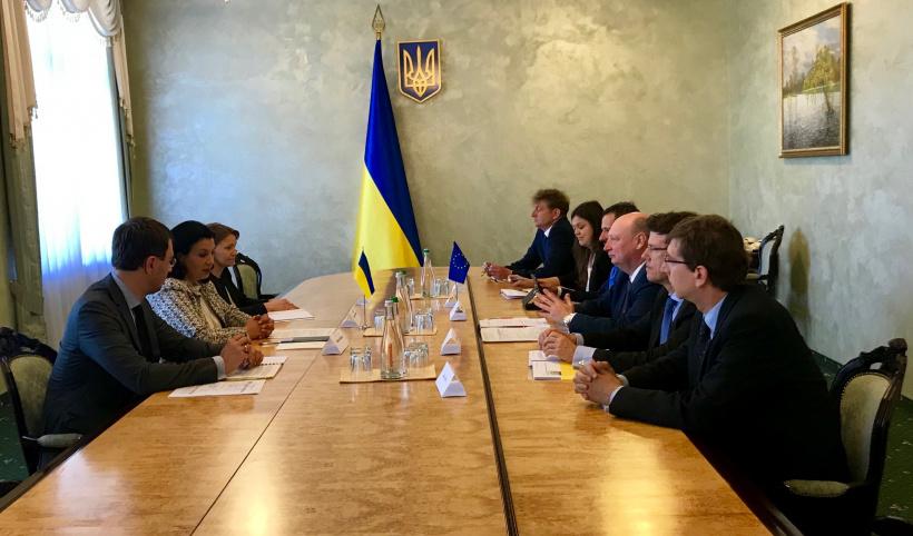 Україна зацікавлена у реалізації проектів інвестиційного плану TEN-T, — Іванна…