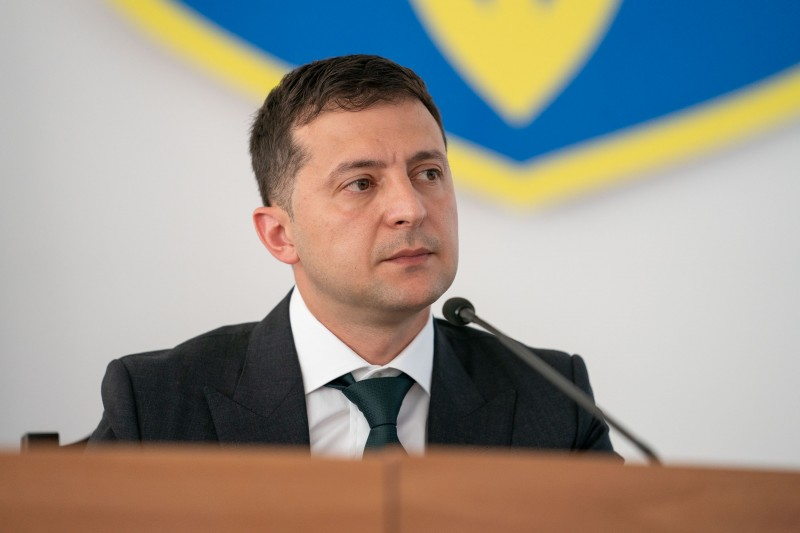 Зеленський схвалив відстрочку штрафів для власників «евроблях»